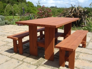 New table & benches