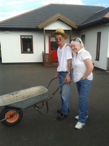 Noel and Jo loading willow
