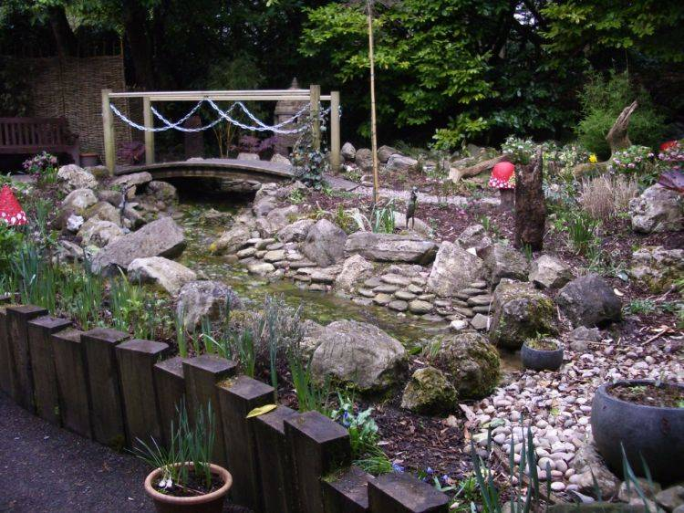 Fairy Garden Bridge   Spot The Fairies!